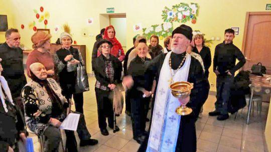 В день праздника Крещения Господня клирик храма в Аксиньино посетил ЦСО района Левобережный
